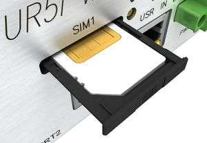 Installera SIM-kort UR5v2